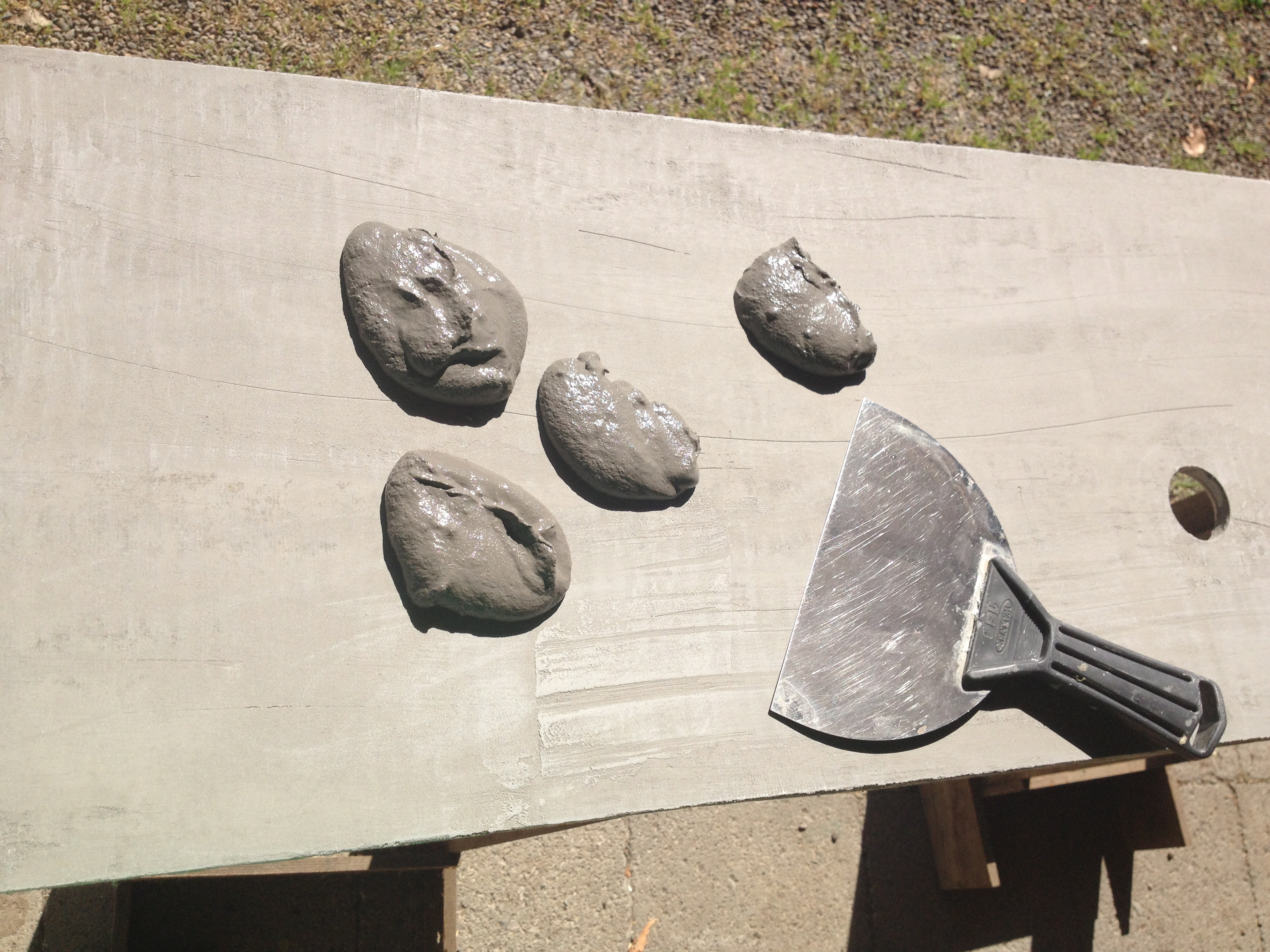 Applying the second coat of concrete